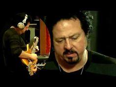 68 - Lee Ritenour, Steve Lukather, Neal Schon, Slash - YouTube