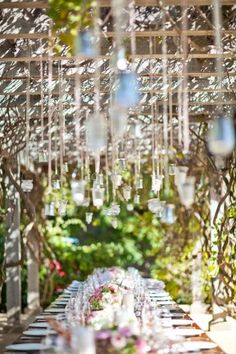 Same wedding/tables. What a setting for a dinner/ wedding reception. Lovely tables and the idea for lights strung above for dinner al fresco. Photo: Mi Belle Inc. Wedding Events, Wedding Reception, Our Wedding, Dream Wedding, Garden Wedding, Wedding Tables, Perfect Wedding, Reception Decorations, Event Decor