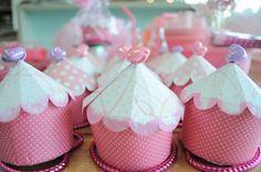 cupcake-box-pink-dots | OCCASIONS