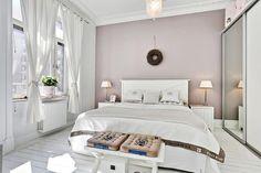 В скандинавском стиле дизайн спальни.