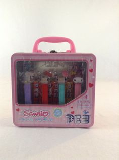 NIB Sanrio Hello Kitty & My Melody 4 Pack Pez Dispensers With Collectible Tin