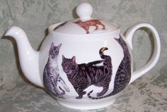 Teapot and cats
