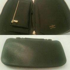 Preowned LOUIS VUITTON Green Taiga Organizer Episea 📌1400AED📌  In a good condition.  Contact : +971557553950 Whatsapp  #louisvuitton #preownedbags #authentic #original #brandnew #dubai #uae #lv #usedbags #lvbag #louisvuittonbags #prelovedbags #luxurybags #luxuryitems #brandedbags #authenticbags #designerbags #totebags  #crossbodybags #shoulderbags #vintage #louisvuittonvintage #lvvintageclutch  #lvorganizer  #lvtaiga  #lvwalletmen Crossbody Bag, Tote Bag, Dubai Uae, Branded Bags, Vintage Louis Vuitton, Luxury Bags, Authentic Louis Vuitton, Brand New, Shoulder Bag