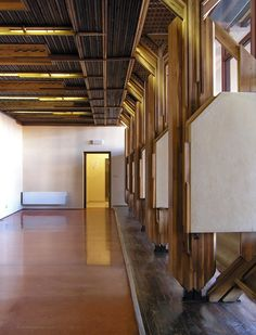 Ca' Foscari, university of venice, aula Mario Baratto restoration, 1955-56. Carlo Scarpa.