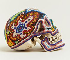 beaded skulls huichol people of mexico (5)