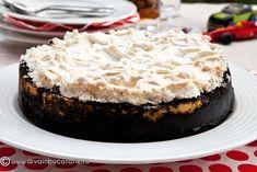 OREO CHEESECAKE CU BEZEA   Diva in bucatarie Oreo Cheesecake, Diva, Desserts, Food, Tailgate Desserts, Deserts, Essen, Divas, Postres
