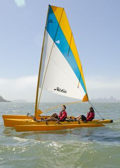 Sailing has never seemed so simple. When the wind blows, the Hobie Mirage Tandem Island flies across the water, powered by an expansive, easily tended mainsail. Kayak Boats, Kayak Camping, Canoe And Kayak, Kayak Fishing, Sea Kayak, Hobie Tandem Island, Hobie Mirage, Hobie Kayak, Small Sailboats
