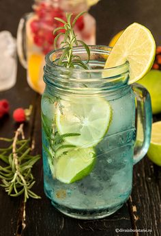 Mojito, Alcoholic Drinks, Cocktails, Bloody Mary, Summer Drinks, Sangria, Gin, Mason Jars, Face