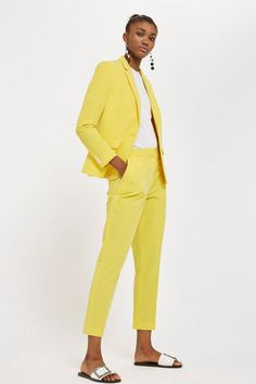When it comes to tailoring, channel a modern and vibrant look with our stylish suit trousers in yellow. We're styling them with the matching blazer for a chic look. Trouser Suits, Trousers, Tailored Suits, Suits For Women, Clothes For Women, Yellow Suit, Stylish Suit, Simple Shirts, Women's Fashion Dresses