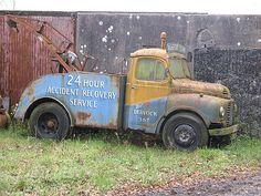 Vintage Tow Trucks and Wreckers. Big Rig Trucks, Tow Truck, Old Trucks, Antique Trucks, Vintage Trucks, Abandoned Cars, Abandoned Vehicles, Austin Cars, Vehicle Signage