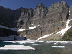 Iceberg Lake Trail - Hike Iceberg Lake in Glacier National Park