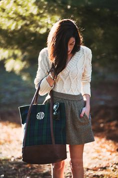 Sarah Vickers of Classy Girls Wear Pearls wears a VINEYARD VINES sweater, J.CREW skirt, and MARK AND GRAHAM bag. (December 4, 2015)