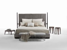 headboard frame in wood and fabric or leather upholstery (see wooden finishings on the price list) / base in wood with polyurethane padding covered with..