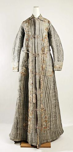 Robe 1870, Chinese, Made of silk