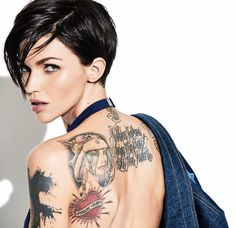 Read more about Ruby Rose to play Batwoman on Business Standard. Actress Ruby Rose has been roped in to play role of a lesbian Batwoman in a series for the network The CW. Ruby Rose Tattoo, Orange Is The New Black, Ruby Rose Tatuagem, Rubin Rose, Short Hair Cuts, Short Hair Styles, Short Hair Model, Rosen Tattoos, Rose Hair