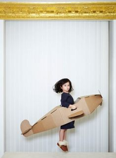 DIY: Cardboard Projects For Kids. This airplane could be used for an Amelia Earhart costume. Projects For Kids, Diy For Kids, Crafts For Kids, Little People, Little Ones, Kids Mode, Milk Magazine, Christmas Kiss, Do It Yourself Baby