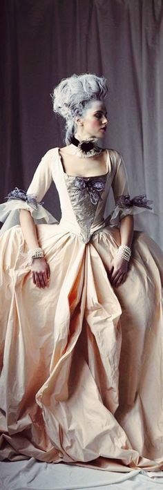 ℳiss Marie Antoinette {Modern Marie Antoinnette with a twist} Poppy Pea -Wonderful colour tones Rococo Fashion, Vintage Fashion, Bal A Versailles, Marie Antoinette Costume, 18th Century Costume, 18th Century Fashion, Marquise, Historical Costume, Fashion History