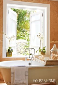 Airy Island-Style Bathroom | Photo Gallery: Warm-Weather Vacation Homes | House & Home | Photo by Virginia Macdonald