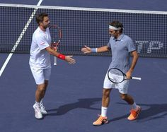 Indian Wells: Roger Federer - Stanislas Wawrinka storm into doubles quarters