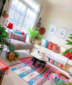 indian home decor New Stylish Bohemian Home Decor and Design Ideas Hippie Home Decor, Indian Home Decor, Bohemian Decor, Bohemian Style, Boho Chic, Handmade Home Decor, Diy Home Decor, Design Marocain, Living Room Decor