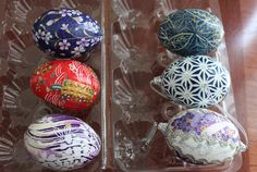 Handmade washi paper eggs.  These remind me of straw decorated eggs i once bought in Czechoslovakia.  They are beautiful!