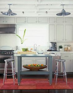 We've already redone the kitchen, but that's no reason to stop collecting pretty pictures.