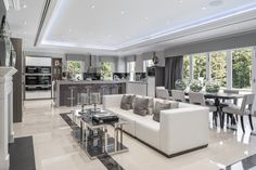 Modern Luxury Kitchens For A Grand Kitchen Grand Kitchen, Kitchen Family Rooms, Living Room Kitchen, Luxury Kitchen Design, Luxury Kitchens, Home Interior Design, Kitchen Designs, Open Plan Kitchen Dining Living, Open Plan Living
