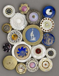 Pearl and metal buttons made in Birmingham between 1780 and 1820 collected by James Luckcock.