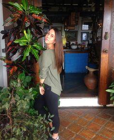 Army Style: un look básico en verde olivo y negro. #fashion #outfit