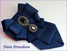 Black Or Navy Blue Rhinestone Dangle Wedding Men Pre Tied Bow Tie Neck Tie Diy Ribbon, Ribbon Work, Ribbon Crafts, Ribbon Jewelry, Jewelry Crafts, Deeper Shade Of Blue, Women Bow Tie, Yarn Wall Hanging, Boutique Bows
