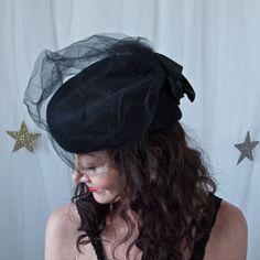Vintage Hat Fedoria 80's does 40's Black Felt by prettyinprague, $32.00