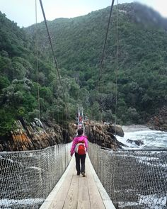 South Africa is a perfect backpacking destination. In 2 weeks we saw waterfalls, mountains, bungy jumped off a bridge. A two week itinerary for backpacking