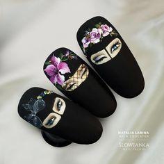 L'immagine può contenere: una o più persone Rose Nail Art, Rose Nails, Flower Nails, Pop Art Nails, Nail Pops, Chic Nails, Stylish Nails, Airbrush Nails, Nail Drawing
