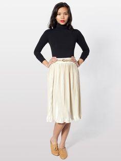 love the mid-length skirt for spring!