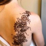Henna Shoulder Tattoo Designs for Women, 100 simple henna tattoo designs piercings mls the henna tat Mehndi Designs, Henna Tattoo Designs, Tattoo Designs For Girls, Tattoo Ideas, Mehndi Tattoo, Simple Henna Tattoo, Henna Tattoos, Tatoos, Tattoo Goo