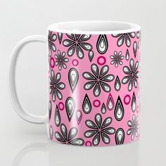 A colorful perfect for a cup of coffee on Cool Items, Mornings, Beautiful Things, Coffee Cups, Sweet Home, Shabby Chic, Colorful, Mugs, Tableware
