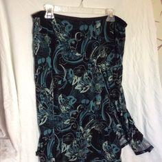 Merona fluttery skirt. Merona fluttery skirt.  Cute light skirt ready for spring. Make me an offer. Merona Skirts Midi
