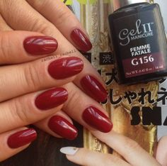 Spice up your nails for Christmas with Gel II Femme Fatale. Classic and fierce! Check out more Gel II colors and designs by @rachell_rachell on Instagram! #geltwo #naildesign #cutenails