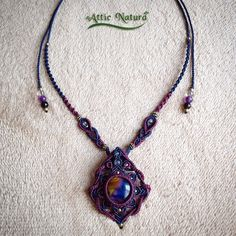 Macrame necklace with fused glass of Gen