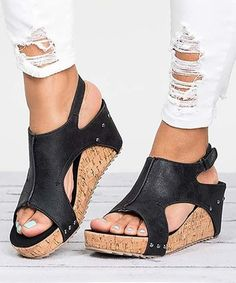 3febd61793a42 2369 Best Sandals images in 2019 | Sandals, Shoes, Leather sandals flat