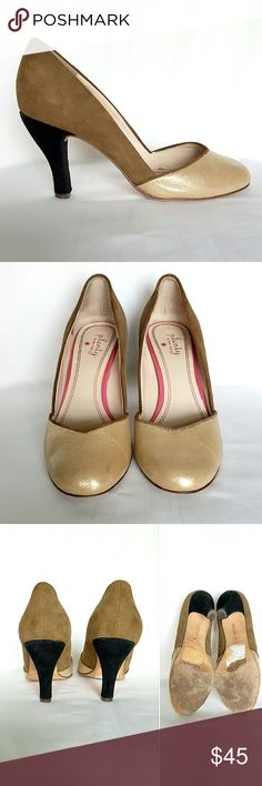 """⬇TODAY ONLY⬇Plenty by Tracy Reese Beautiful shoe in leather upper and leather sole. Shiny and sparkly beige leather on the top, tan suede on the body and black suede on the heels. 3.5"""" heel. Worn a handful of times,  in really good condition. Two small scuffs inside the shoe, by the pinky (last pic). Size is 37 1/2 but they run a bit small. Plenty by Tracy Reese Shoes Heels"""
