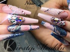 Ill just leave this here #blingnails #blingbling #nails #nailart @nailpromagazine @nailsmagazine @scratchmagazine