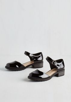 The Boss of Gloss Flat. Your creative style choices are always on the cutting-edge, and these black Mary Jane flats are a prime example. #black #modcloth