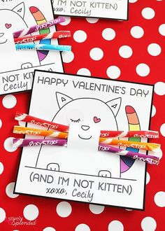 A free card printable for kitten valentines. A perfect Valentine's Day idea for cat lovers of all ages. Easy for classroom parties! MichaelsMakers Positively Splendid