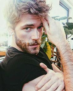 "1,976 Likes, 8 Comments - ✘✘ BEARDED LIFE STYLE ✘✘ (@beardedlife_style) on Instagram: ""Nice Shot! ____ -Model: @bendahlhaus ____ Tag us to be featured. ✔ #beardedlife_style #beards…"""