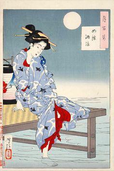 四条納涼  a lady in Japanese traditional clothes at the end of summer in kyoto