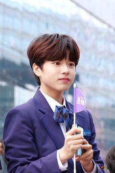 Lee Jinwoo   ProduceX101 #Producex101 #produce101 #LeeJinwoo #Jinwoo #이진우 #진우 #프로듀스 #프로듀스101 #프로듀스x101 #프로듀스엑스101 #Maroo Lee Dong Wook, Autumn Scenes, Kpop, Produce 101, Mingyu, Lokal, Handsome Boys, Boy Groups, Little Babies