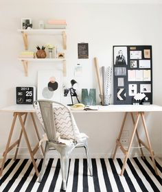 The 5 things you need in your home office work space- office accessories that are cute and functional. Home office decor Workspace Design, Home Office Design, Home Office Decor, House Design, Home Decor, Office Ideas, Office Designs, Small Workspace, Office Inspo