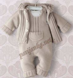 Baby Knitting Patterns Sweaters Knitted romper with jacket. Romper is in step with press studs. Baby Pants Pattern, Baby Boy Knitting Patterns, Knitting For Kids, Baby Patterns, Knitting Ideas, Crochet Patterns, Knitted Baby Clothes, Knitted Romper, Baby Knits