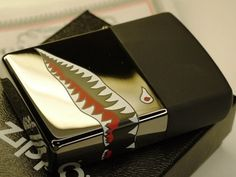ZIPPO AMERICAN SKY SHARK THREE SIDES DESIGN Custom Zippo, Zippo Collection, Cool Lighters, Maxime, Better Than Yours, Pipes And Cigars, Smoking Pipes, Light My Fire, Zippo Lighter